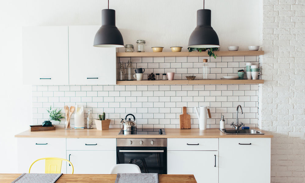 Tips on Packing Up Your Kitchen for Moving
